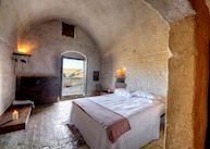Sextiano le Grotte della Civita, Matera