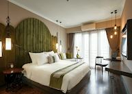Junior suite balcony, Essence Hanoi