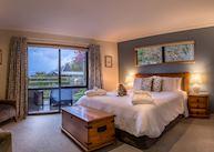 King Room at Wanaka Springs B&B
