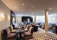 Salon, Hotel Topazz