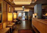 Louis Hotel, Lobby