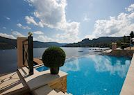 Pool over Lake Titisee, Treschers Schwarzwald Romantikhotel Am See