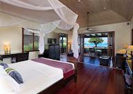 Beachfront signature suite