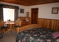 Blue Grouse Country Inn