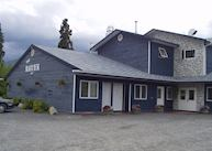 Raven's Rest Inn, Haines Junction