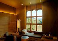 Suite, Amankora Gangtey