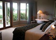 Cabernet suite, Matahui Lodge, Katikati