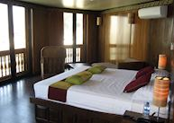 Suite, RV Paukan, Mandalay