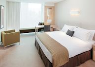 Standard Room, Crown Promenade Hotel