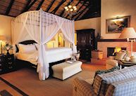 Standard suite, Mateya Safari Lodge