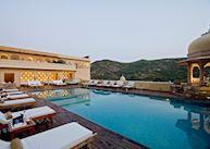 Infinity pool, Samode Palace