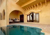 Plunge pool, Suite, Mihir Garh