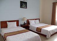 Twin Room (with window), Hoang Van Hotel, Kon Tum