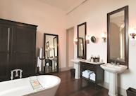 Bathroom of a Galla Suite, Amangalla