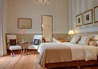 Deluxe Room, Krista Hotel