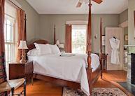 A room at the Marshall Slocum Inn, Newport