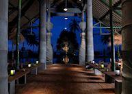 Bale Kokok Pletok Restaurant, Tugu Lombok, Sire Beach