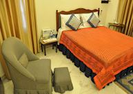 Standard room, Aashiyan Homestay, Delhi