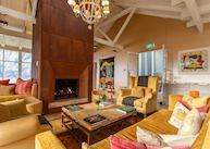 Lounge, Matakauri Lodge