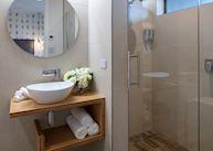 Ensuite Bathroom at Ranginui