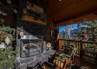 Twisted Timber Guesthouse, Fernie