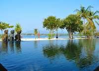 Pool, Tugu Lombok, Sire Beach