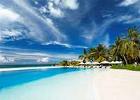 Infinity Pool, Velassaru Island, Maldive Island