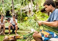 Weaving demonstration, Paradise Sun, Praslin