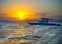 Sunset cruise, Nihiwatu Resort, Pantai Nihiwatu