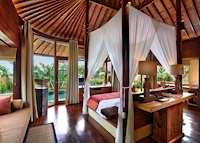 Bedroom of pool villa, Waka Gangga, Kerambitan