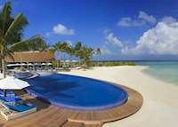 Pool and beach, Niyama, Maldive Island