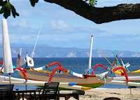 Fishing Boats & Lembongan Island backdrop, Tandjung Sari, Sanur
