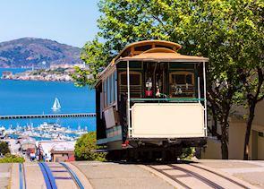 San francisco Hyde Street Cable Car