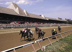 Horse racing at Saratoga Springs