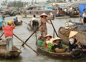 Floating Market, Cai Be, Vietnam