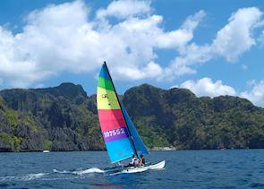 Hobiecat sailing around El Nido, Philippines