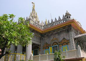 Pareshnath Jain Temple, Calcutta