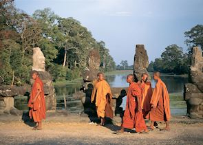 Monks on the way into Angkor Thom