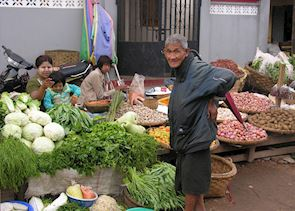 Old man at market, Pyin U Lwin