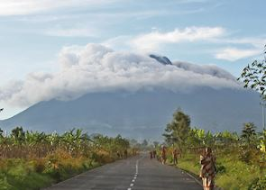 The road from Ruhengeri to the Volcanoes National Park