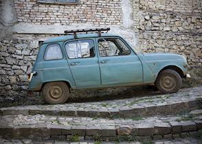 Vintage car, Ménerbes