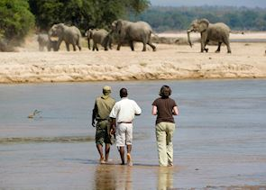 Walking across the Kapamba River