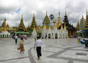Every Burmese person must visit the Shwedagon Pagoda at least once in their life