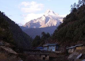 Monjo, Nepal