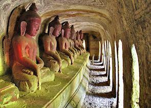 Buddhas at Po Win Hill.