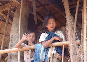 Village children, Pakbeng
