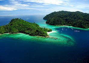 Sapi (left) and Gaya (right) Island, Borneo