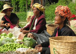 Sellers at market, Kalaw