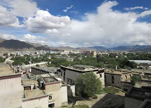 View over Shigatse