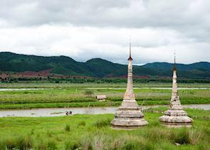 Tha Khauk pagoda complex, near Sagar, Inle Lake